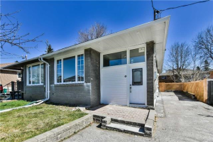 56 Walter Ave, Newmarket
