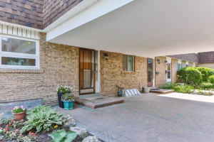 7 The Carriage Way, Markham