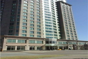 8 Lee Centre Dr, Toronto