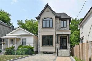 382 Lumsden Ave, Toronto