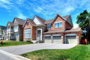122 Greenforest Grve, Whitchurch-Stouffville