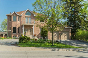 78 Garden Ave, Richmond Hill