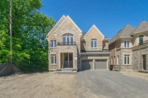 34 Forest Edge Cres, East Gwillimbury
