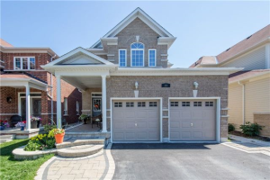 23 Shrewsbury Dr, Whitby