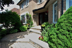 31 Westbourne Crt, Richmond Hill