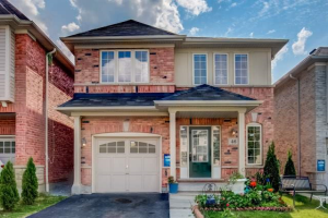 46 Lloydminister Ave, Ajax