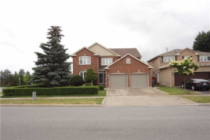 3208 Mcmaster Rd, Mississauga