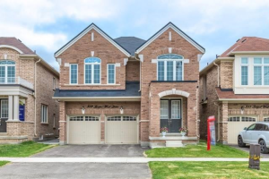 389 Royal West Dr, Brampton