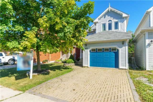 40 Wells Cres, Whitby