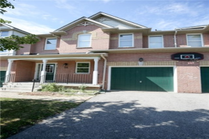 18 Golf Way, Markham