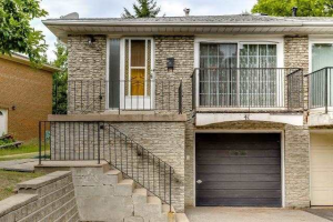 41 Harrington Cres, Toronto