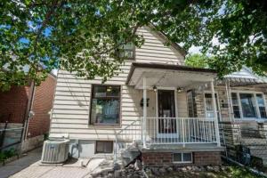 236 Chambers Ave, Toronto