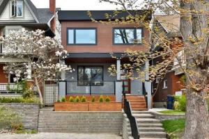 15 Hambly Ave, Toronto