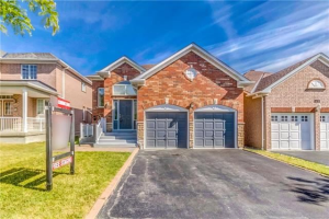 929 Wingarden Cres, Pickering