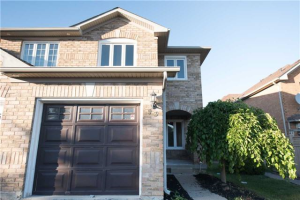 93 Morningmist St, Brampton