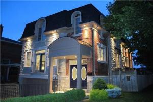 10 Yeomans Rd, Toronto