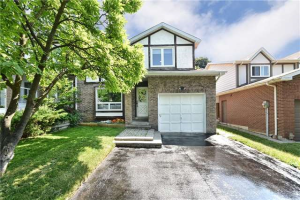 23 West Borough St, Markham