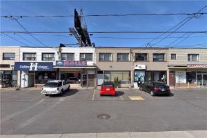 850 Sheppard Ave W, Toronto