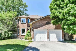 12 Wyndfield Cres, Whitby