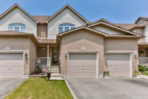 128 Richfield Sq, Clarington
