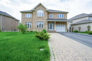909 Dunbarton Rd, Pickering