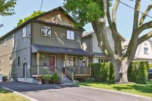 52 Harewood Ave, Toronto