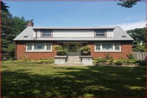705 Maple Ave, Burlington