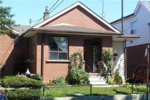 94 Rowntree Ave, Toronto