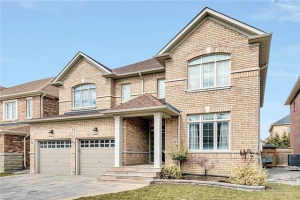 32 Thornhill Ravines Cres, Vaughan