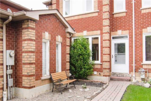 730 Whitfield Terr, Mississauga