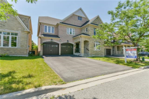 21 Byram Downs St, Ajax