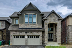6 Prairie Creek Cres