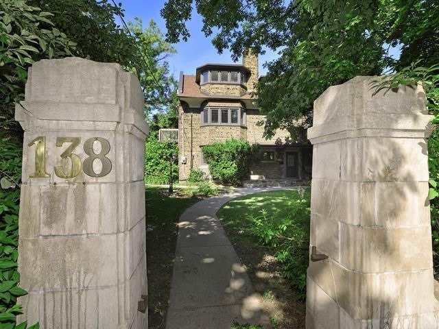 138 Madison Ave, Toronto