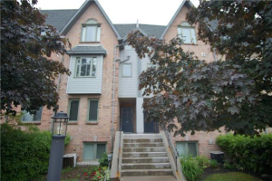 75 Weldrick Rd E, Richmond Hill