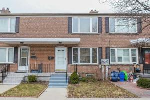740 Kennedy Rd, Toronto