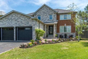152 Taylorwood Ave, Caledon
