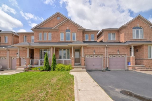 16 Eaglefield Gate, Brampton