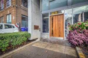 169 John St, Toronto