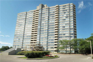 700 Constellation Dr, Mississauga