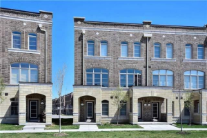 212 Glad Park Ave, Whitchurch-Stouffville