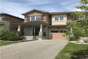 390 William Dunn Cres, Newmarket