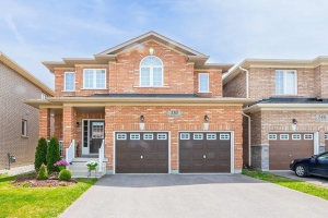 150 Richardson Cres, Bradford West Gwillimbury
