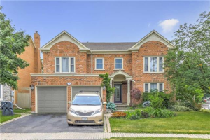 56 Ellery Dr, Richmond Hill
