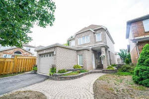 13 Furrows End, Brampton
