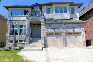 220 Lakeland Cres, Richmond Hill