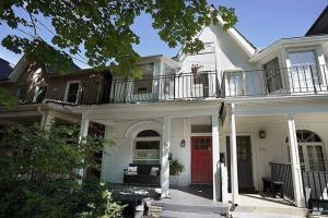 34 Follis Ave, Toronto