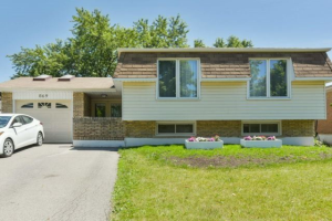 869 Willow Ave, Milton
