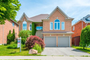 93 Shaftsbury Ave, Richmond Hill