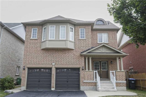 3 Bentgrass Lane, Brampton