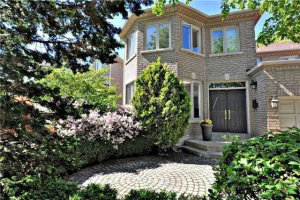38 King High Dr, Vaughan
